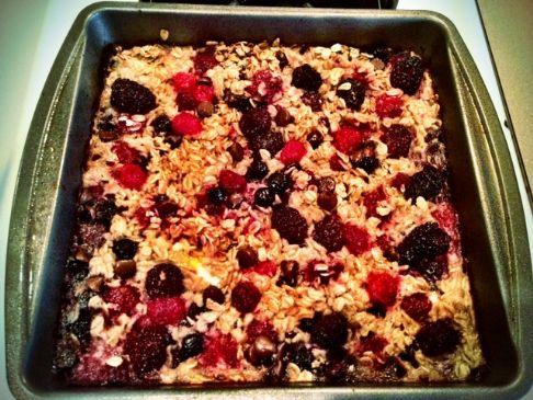 Baked Oatmeal Berry Casserole