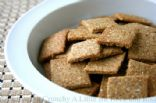 Cheddar & Flax Snack Crackers